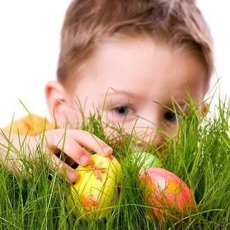 6 Tips for organising an Easter egg hunt