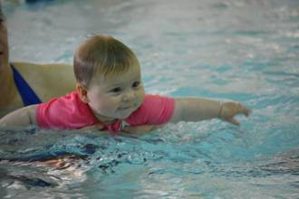 The emotional benefits of swimming for babies