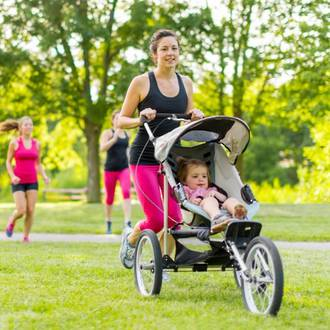 5 Ways to stay fit while raising young kids