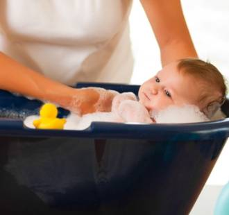 5 Tips on bathing your baby