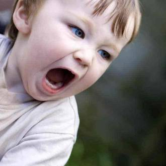 10 Tips to help reduce toddler tantrums