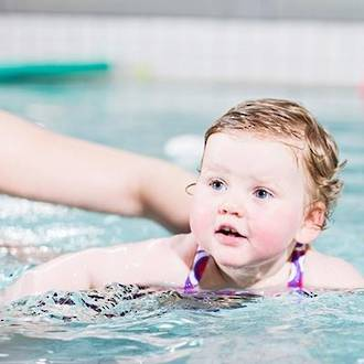 Making the most of preschool swimming lessons
