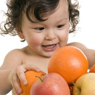 The effects of fruit on kids teeth
