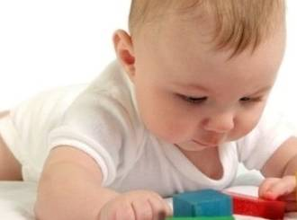 6 tips on Tummy Time for babies