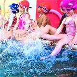 Teaching young kids the swimming kick