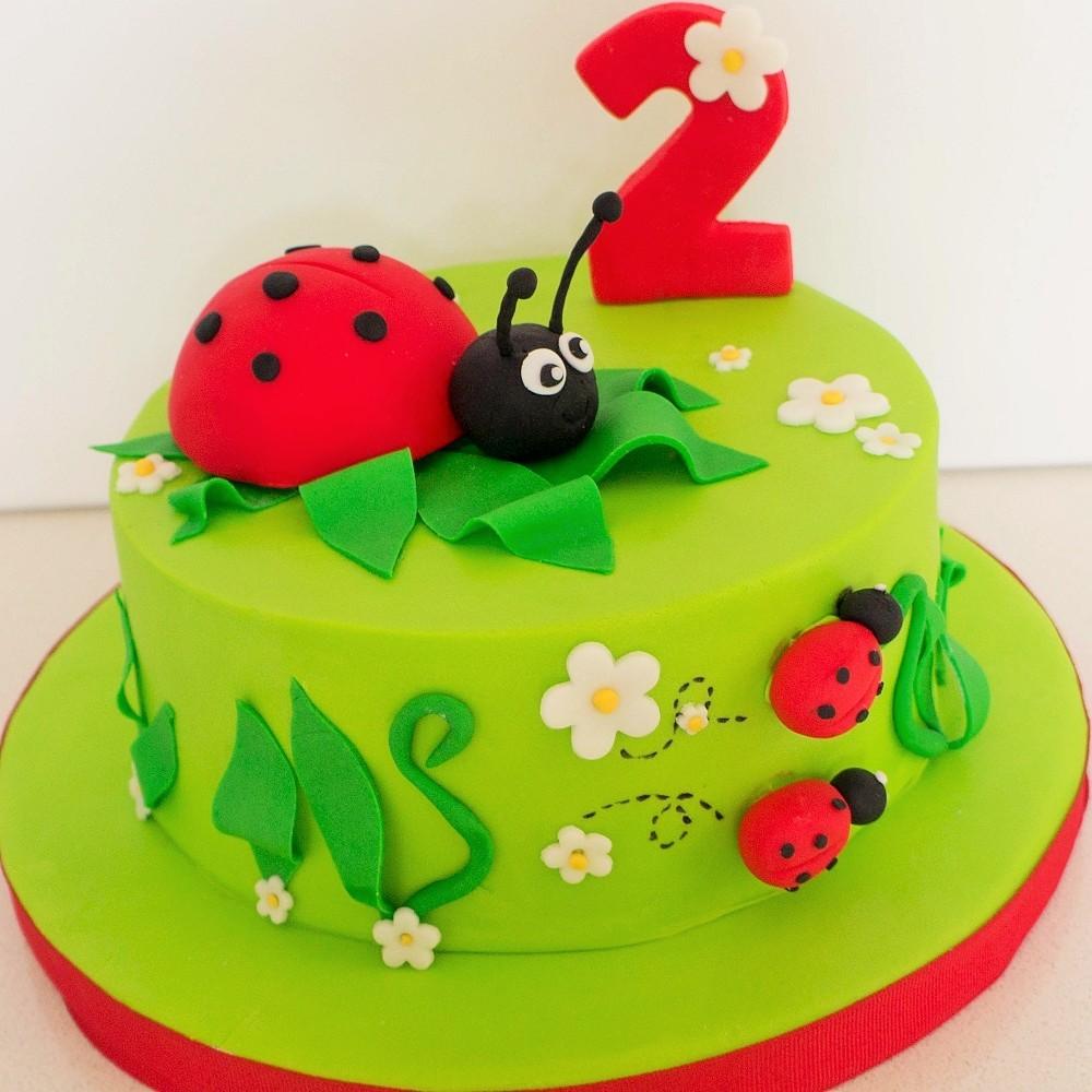 Kids Birthday Cakes & Cupcakes